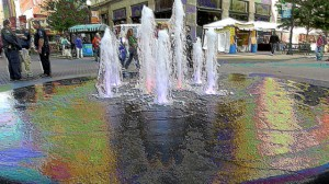 Bartlett Square Fountain at 2014 Mayfest Edit