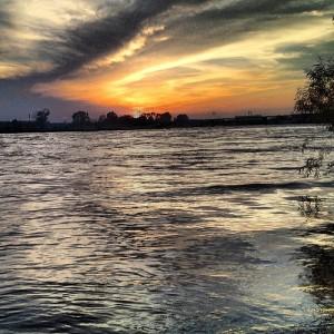 #skyviewers #sky #sunset #reflections #arkansasriver
